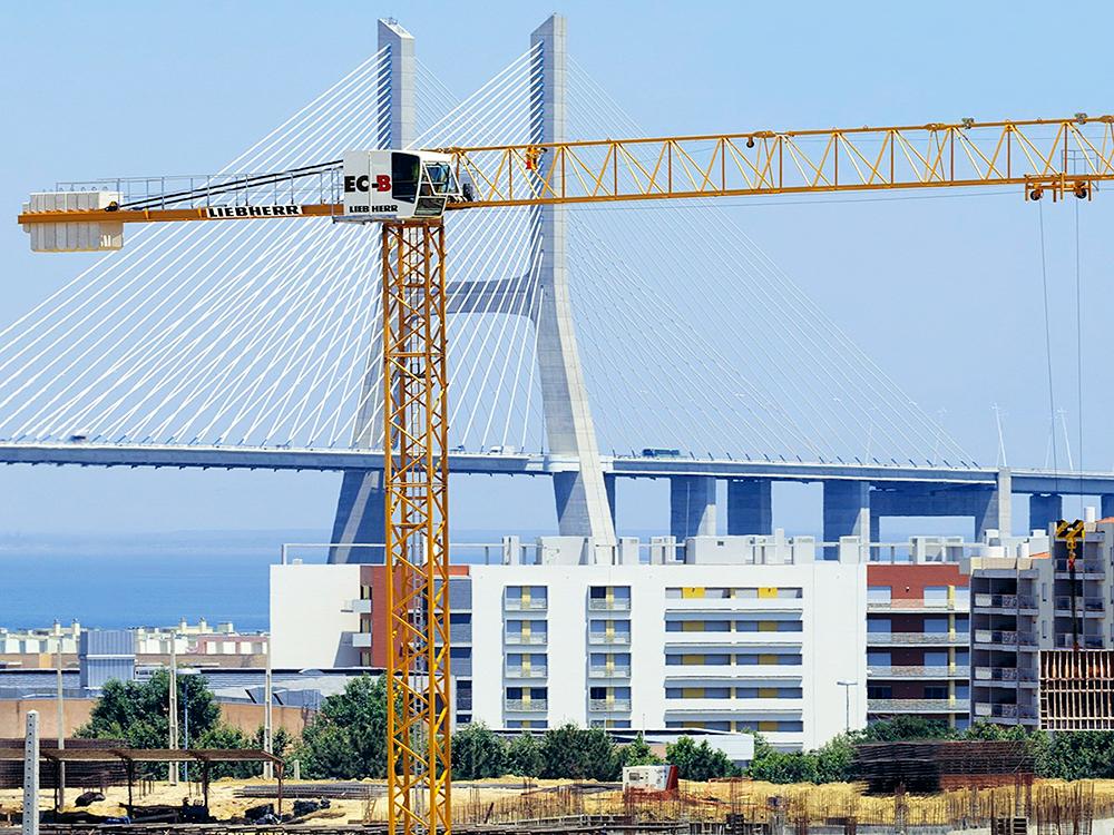 Tower cranes Liebherr - Constrution Cranes Sales - Products